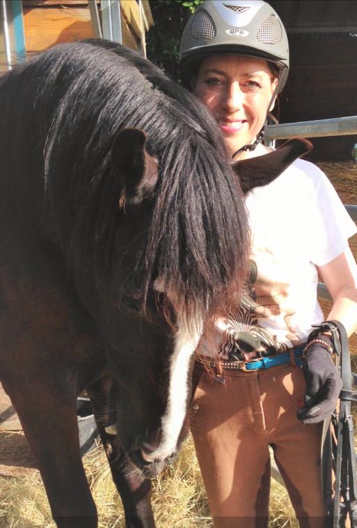 Stute Lissy ist Nessys Reit - Pferd