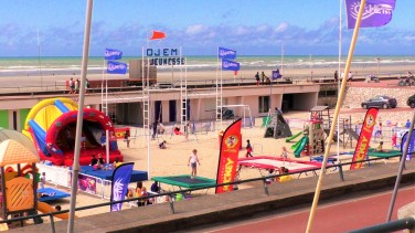 Uferpromenade mit zahlreichen Spielmöglichkeiten für kleine, große und ganz große Kinder