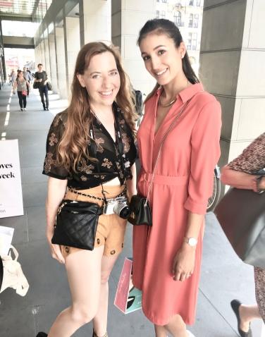 """Sara Leutenegger, einer der GNTM Models der letzten Staffel, aktuell mit Ex-Bachelor Lorenzo verheiratet, besticht trotz großer Erfolge durch ihre natürliche, freundliche Art. Auch auf dem Catwalk, z.B. bei Sportalm, konnte sie überzeugen ... Auf meinem Blog heißt es jedenfalls: ,, Sara, ich habe ein Foto für Dich! """""""