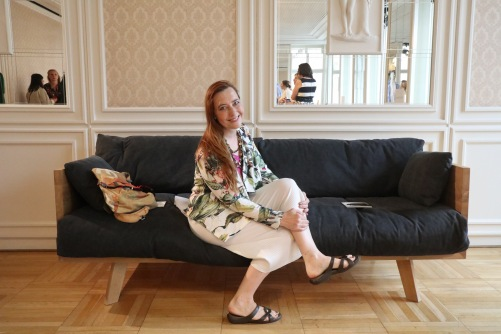 Berliner Modesalon Sofa